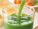 青汁をしばらく飲んでみて・・・。飲み方と影響。一食でも便秘にならない!